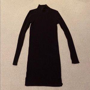 Wilfred-Free turtleneck dress